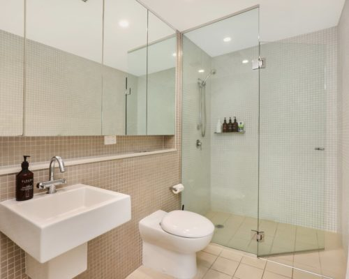 2-bedroom-2-bathroom-poolside-apartment-3102-for-sale-11