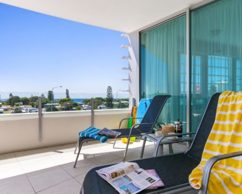 Coolum beach penthouse 3 bedroom holiday apartment