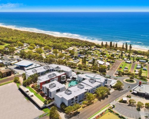 element-on-coolum-beach-36