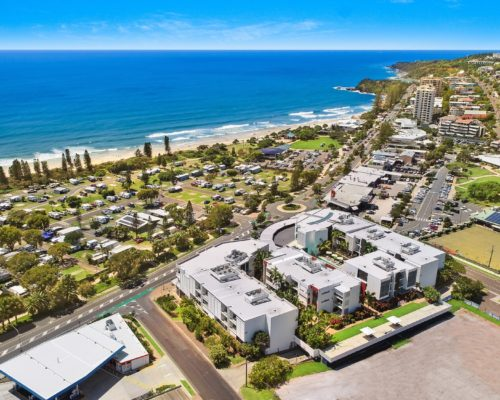 element-on-coolum-beach-37