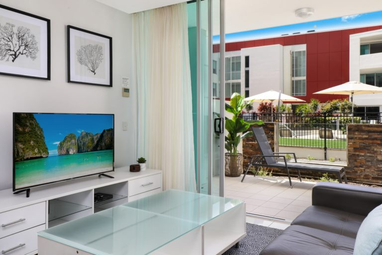unit-4104-poolside-ground-3-bed-1