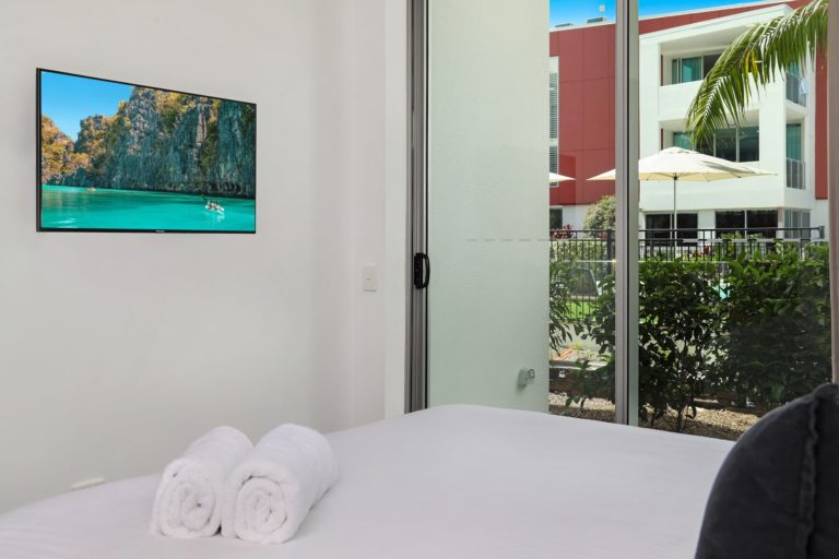 unit-4104-poolside-ground-3-bed-5